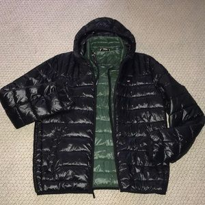 NWT Tommy Hilfiger packable puffer jacket